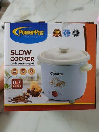 Powerpac slow cooker with ceramic pot