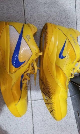 Nike 籃球鞋 13號