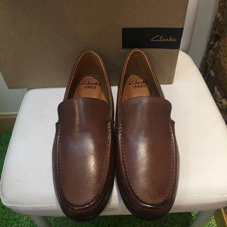 🈹Clarks 全真皮鞋 leather man shoes
