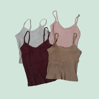 🚚 Assorted cropped camisoles