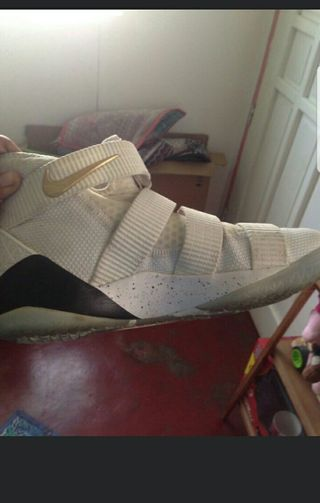 new style 9573e eab6d Nike LeBron Soldier 11