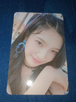 [Red Velvet] Joy PEEK-A-BOO Photocard