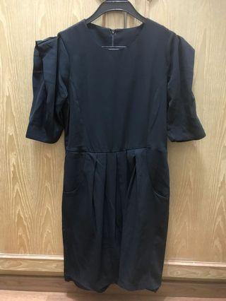 Black Puffed Sleeved Dress (from Korea)