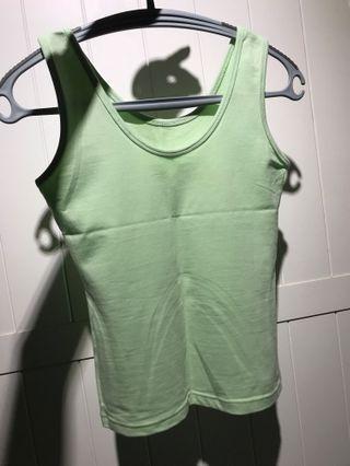 🚚 彈性極佳 顯身材合身背心 馬卡龍綠