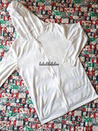 KR white stripped jacket