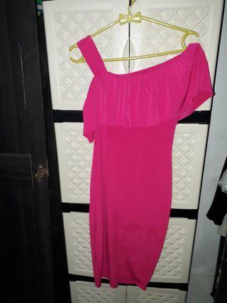 Midi dress half shoulder