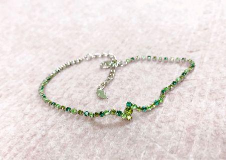 🚚 綠色水鑽仙后座✩設計手鍊/手鏈(附禮盒)