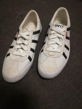 Original Levis Sneakers
