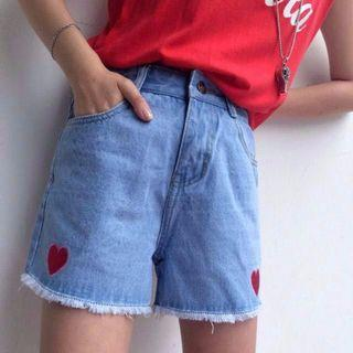 Heart Embroidered Uzzlang Shorts