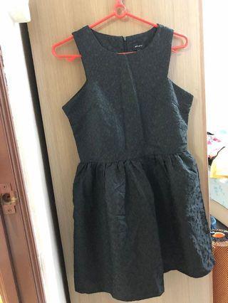 Fyn Black Dress