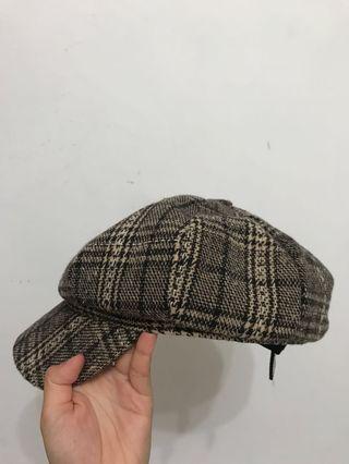 褐色格紋報童帽