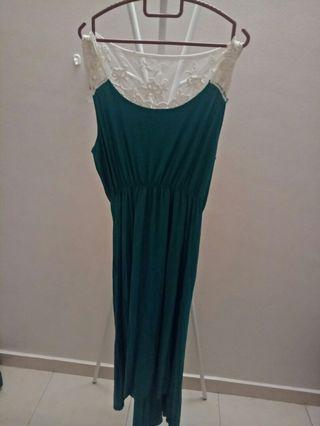 Green x Lace dress