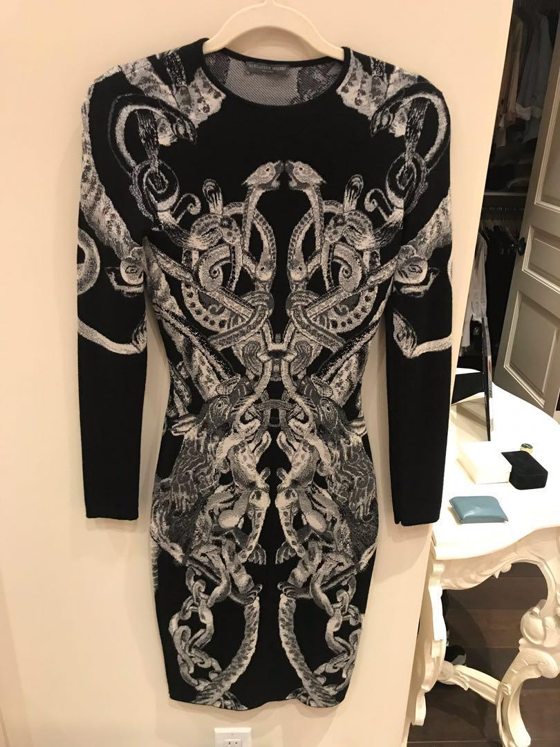 Alexander McQueen Womens  Sheath Dress Black Wool Size small