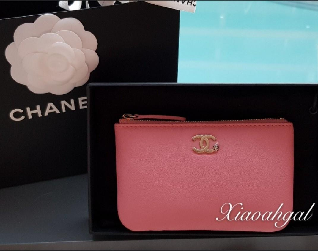 ✔RESERVE in Instalments✔🌟BIDDING🌟18B Chanel raspberry pink red cavair o case wallet clutch pouch gold hardware