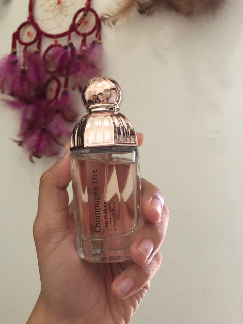 Champagne life lady parfume