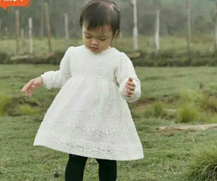 Dress brukat broken White