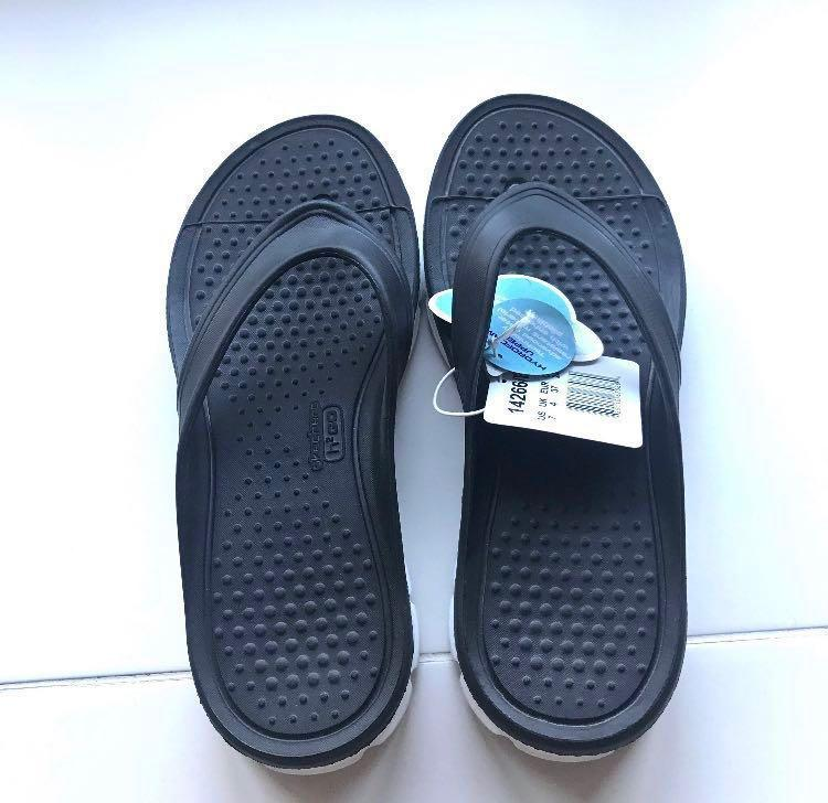 NEW Women size 7 Black SKECHERS H2GO TIDAL WAVE slippers