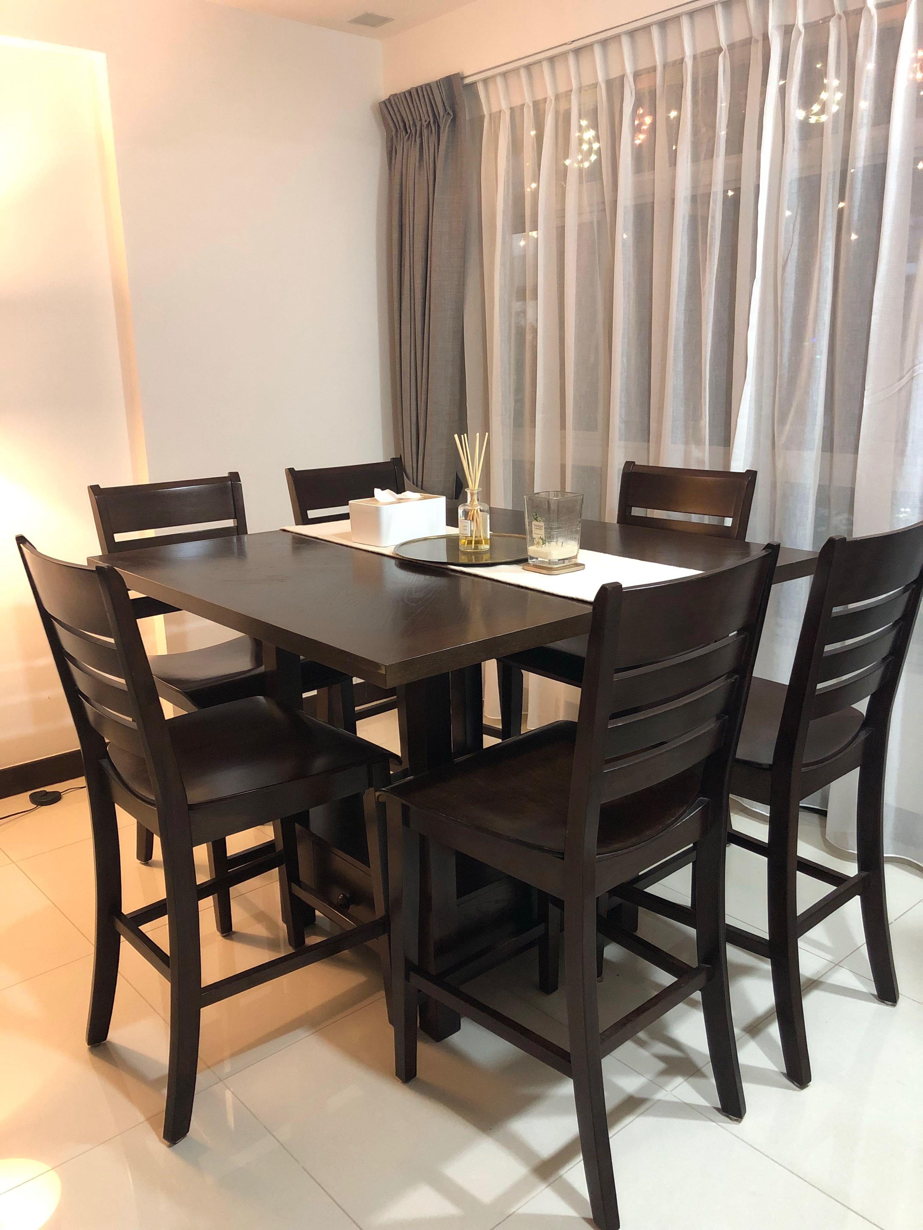 High dining table and High chair