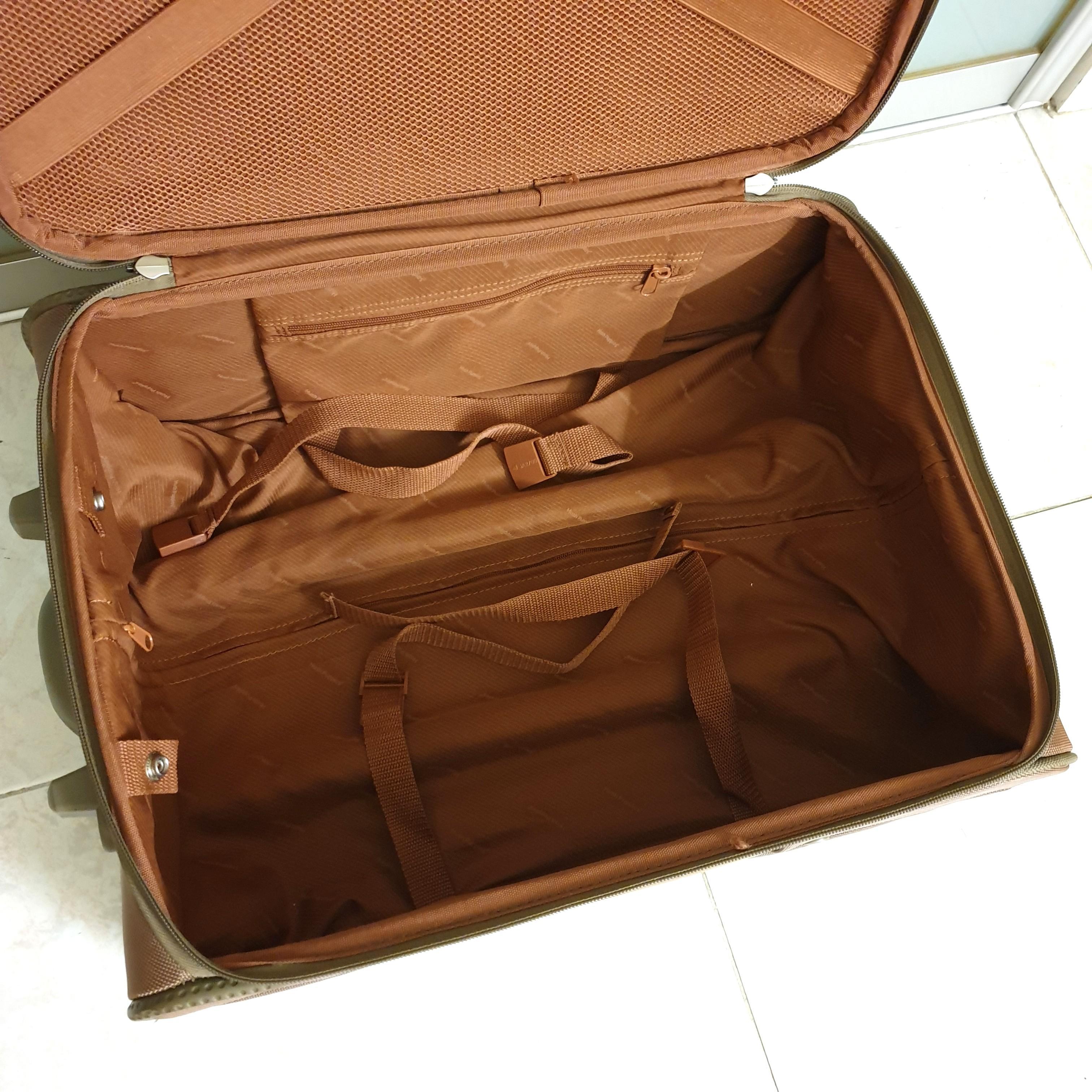 [Negotiable] Hush Puppies Luggage
