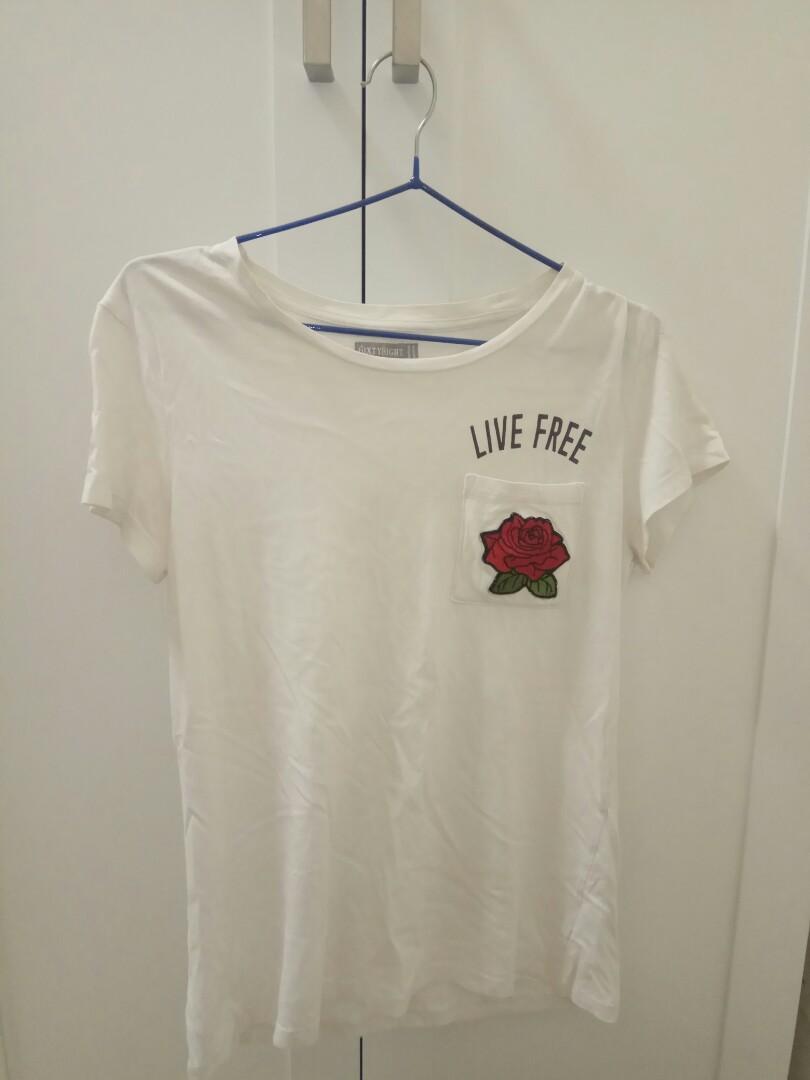 Live free rose tshirt