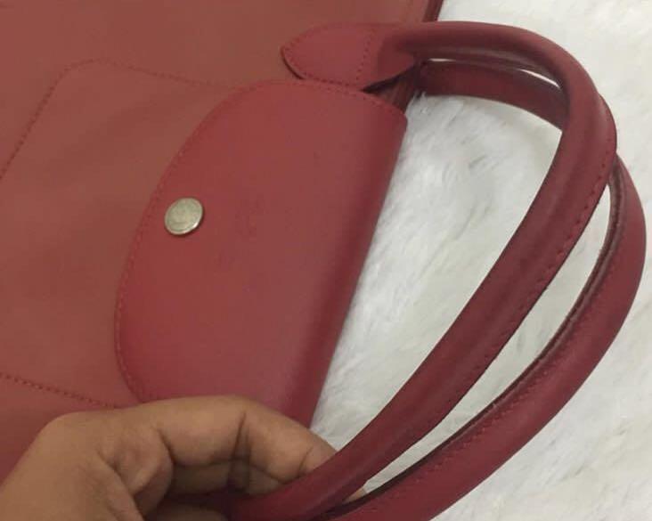 Longchamp planetes Medium