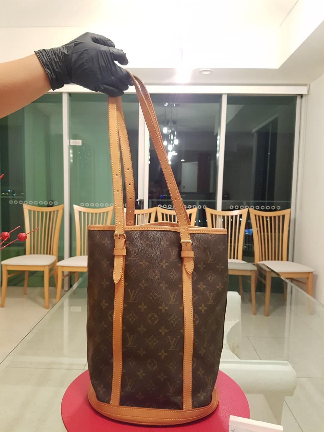 Louis Vuitton Bucket GM