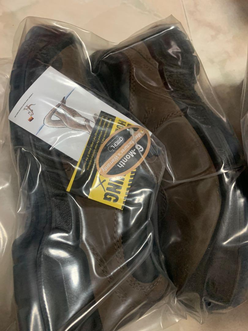 Otter safety shoe (brand new) Owt900kw