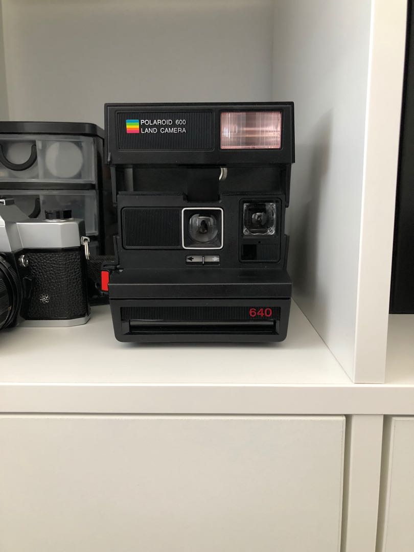 Poloroid Originals Sun 640 Instant Film Camera *Working*