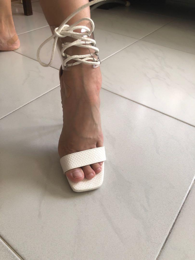 Public desire heels