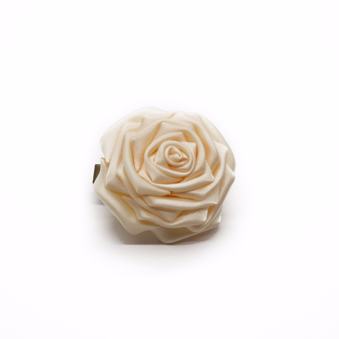 Tsumami kanzashi rose in cream white, Traditional Japanese hair accessory