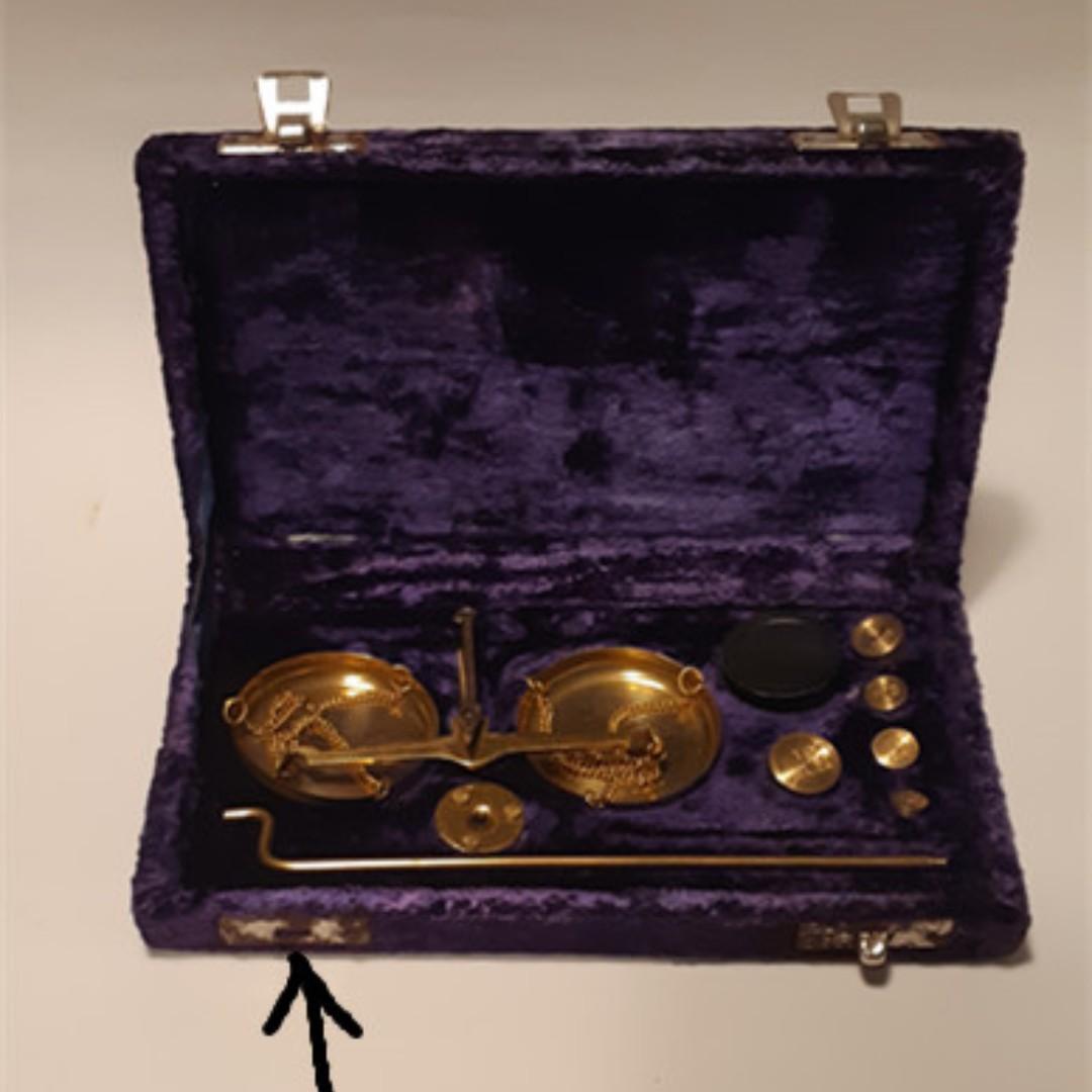 UK Vintage Apothecary's /Jewellery scale 罕有英式復古珠寶或藥劑師秤