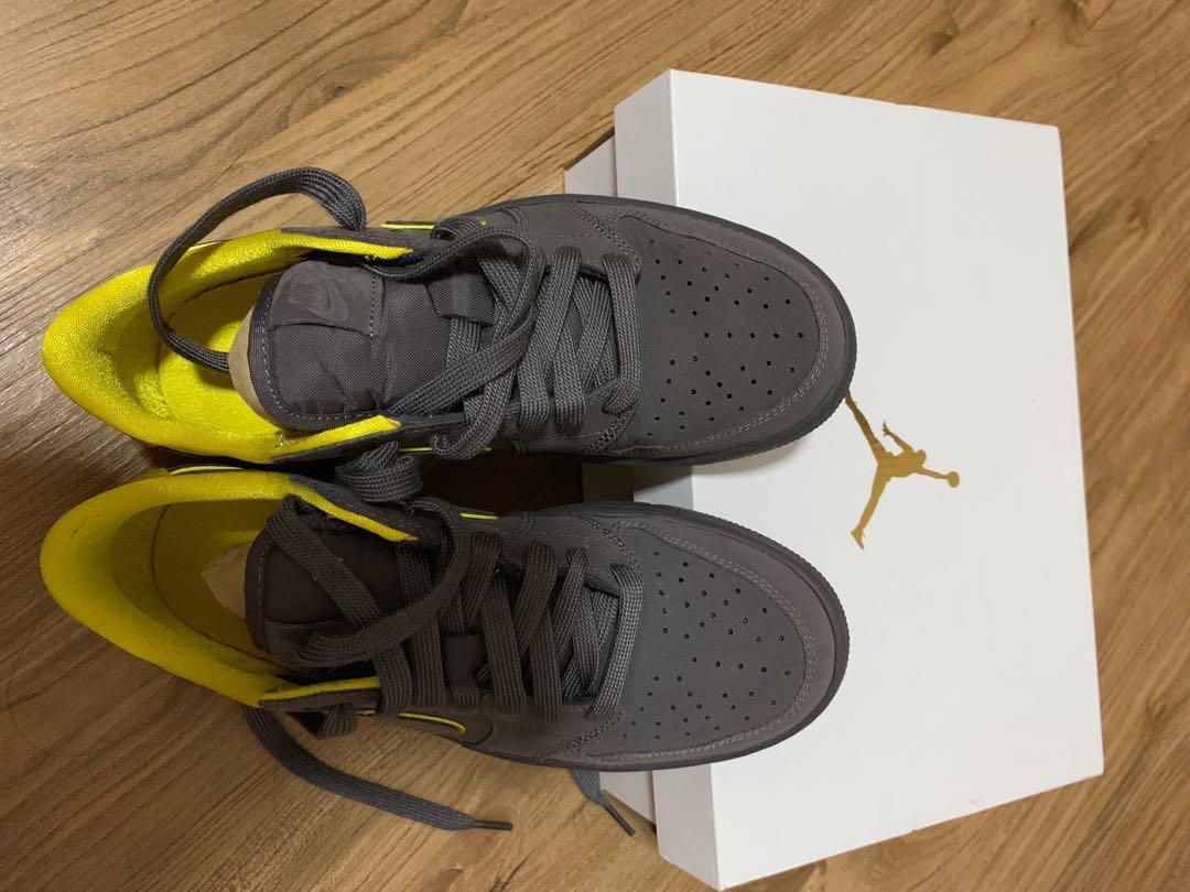 Womans Air Jordan 1 Retro