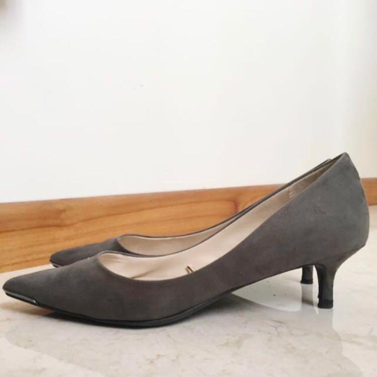 Zara Basic Suede Grey Gray Heels Pumps