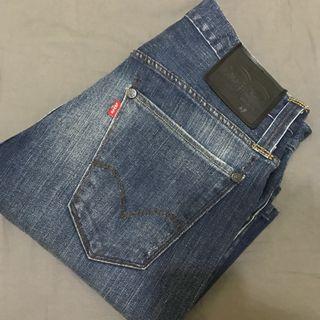 Levis 短褲