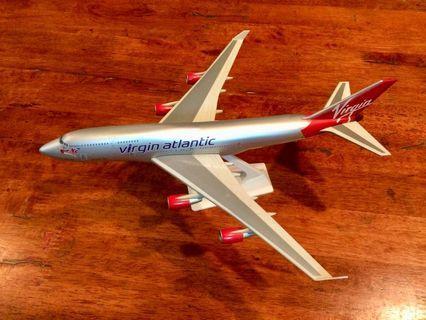 Virgin Atlantic 27cm