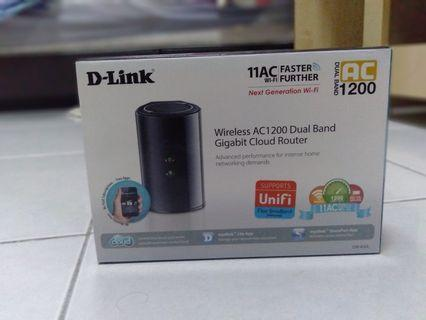 Wireless ac1200 dual band router (DIR-850L)