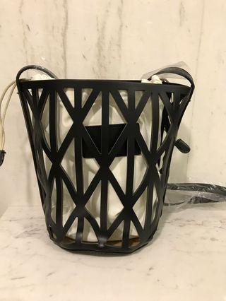 Bucket bag/ sling bag
