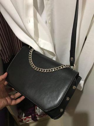 Something Borrowed Black Sling Bag
