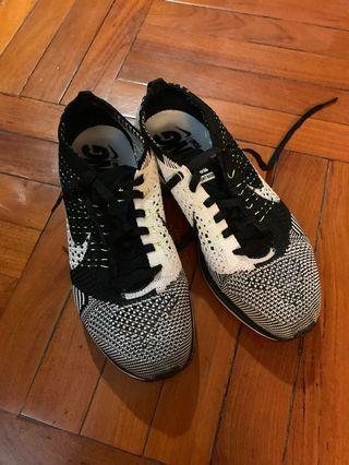 nike flyknit racer authentic