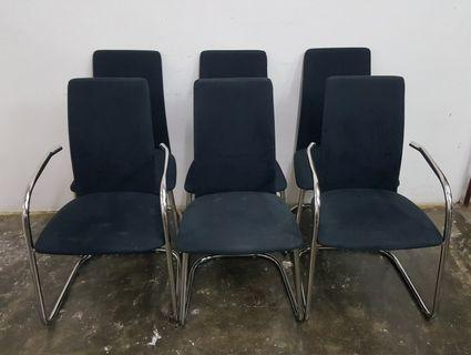 🚚 Dining Chairs
