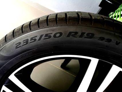 Volvo XC40 Original Sport Rims with Pirelli Tyres