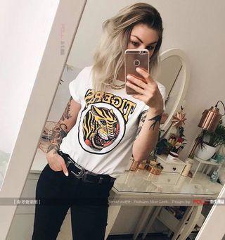 🚚 PO Tigers Tee