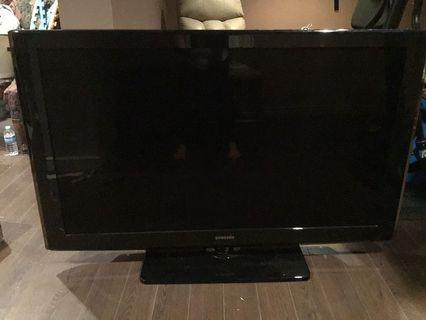 "Samsung 52"" Smart Tv 1080p LCD HDTV"
