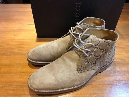 GUCCI 男 全麂皮 皮鞋 休閒鞋 男靴 41 適合球鞋 腳版寬的US9號 腳版標準的US9.5號 狀況佳 少穿 有鞋底近照 訂價650美金 台灣公司貨
