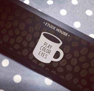 Etude house 咖啡杯眼影盤