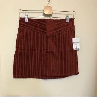 Brand New W/ Tag Skirt size S