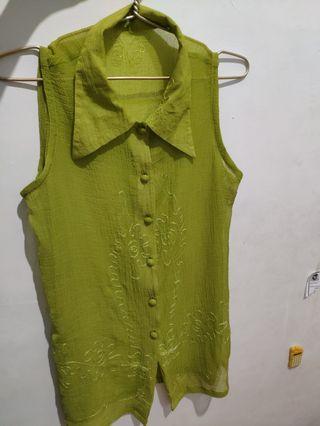 Kemeja U can see warna hijau ketupat panjang lebihin pinggang
