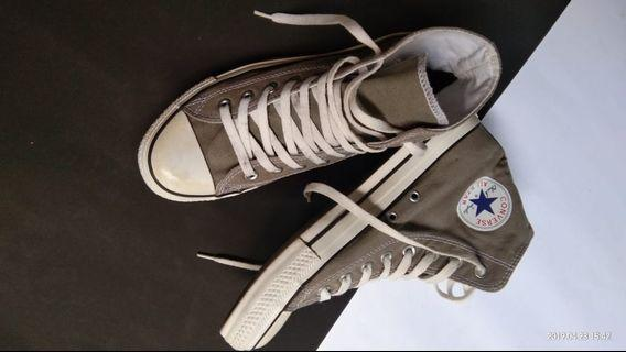 CONVERSE CT HIGH GREY || SIZE 41 || EX. DISPLAY
