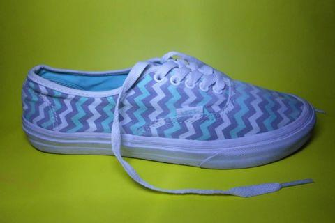 VANS AUTHENTIC STRIPES || SIZE 40