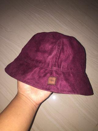 Bucket hat 2in1 merek 4.20